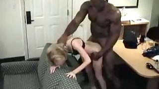 Horny Slut woman fucked by a nasty man in her mouth