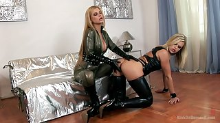 Bitchy mistress sin sexy latex lingerie Wivian fucks submissive chick
