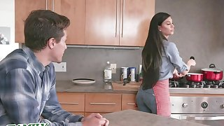 MILF Melissa Lynn is tired of her husband never listening to her