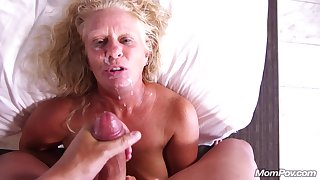 Blond Hair Babe Pawggggg - big mammaries