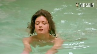 Swimming nude and flashing naked body Catherine Zeta-Jones is must see