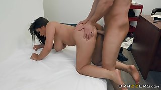 Licentious Ella Knox takes locate in her pornstar pussy