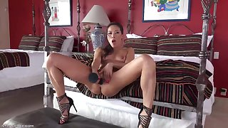 Striptease And Self-Stimulation Inviting Babe - kalina ryu